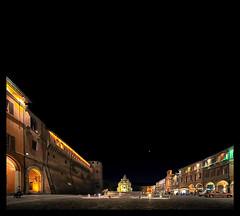 Notte italiana (Gio_guarda_le_stelle) Tags: night italy italia notte fossati cesena piazza moon luna quiete