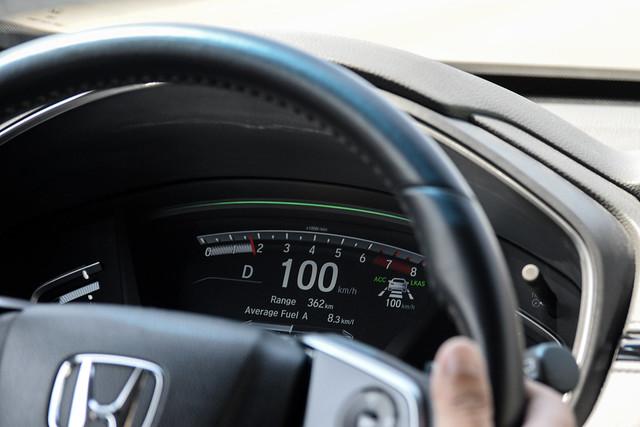 Honda Sensing-27