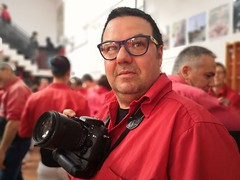 Pillat ....   Caught .....   Hola amigos ... (Alex Nebot) Tags: portrait retrat jo yo iam retrato selfie casteller photocasteller humantowers