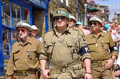 Haworth 1940's Weekend 2018 (grab a shot) Tags: canon eos 5dmarkiv haworth haworth1940sweekend england uk yorkshire westyorkshire brontecountry reenactment livinghistory war worldwar2 ww2 wwii 1940s homefront oldfashioned vintage warweekend 2018 people outdoor man mp militarypolice uniform army soldier military usarmy airborne screamingeagles 101stairbornedivision