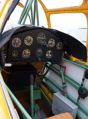 Cockpit of Fairchild Cornell II PT-26-B Primary Trainer (N79307) at the Great British Fly-In (scattered1) Tags: 100thanniversary 2018 british chantilly cornell cradleofheroes dfc distinguishedflyingcross fairchild fairchildcornellii flightlieutenant greatbritain greatbritishflyin museum nationalairandspacemuseum pt26 pt26b raf rcaf richardboyd royalairforce royalcanadianairforce smithsonianinstitution stevenfudvarhazycenter udvarhazycenter va virginia worldwarii airforce airplane antique aviation classic cockpit cradle event flyin heroes historic history instruments military old pilot plane primarytrainer stick trainer