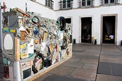 Muro de Gordon (REDES DA MARÉ) Tags: americalatina brasil elisângelaleite arte evento imperial lixo muro paço reciclagem riodejaneiro rj