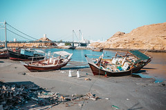 Sur Shipyard (dogslobber) Tags: yellow oman omani middle east arab arabian penninsula sur shipyard ship yard dhou building wood work