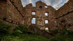 Old building (Cajofavi) Tags: fs180527 byggnadsverk construction fotosondag ruin sky grass stävlö kalmar sweden