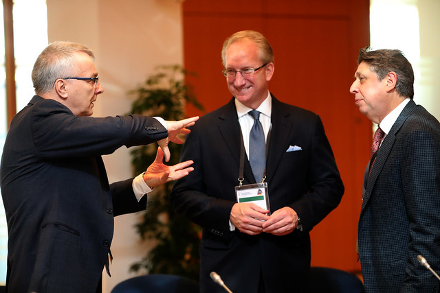 Lars Kjaer discusses with Gene Seroka and Chris Welsh