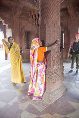 Lucky arms (Tim Brown's Pictures) Tags: india uttarpradesh fatehpursikri palace akbar akbarthegreat moghulempire visitors tourism historic architecture buildings color mughal up worldheritagesite unesco