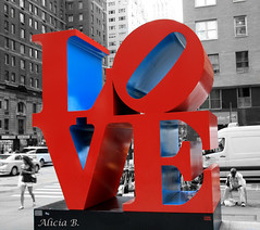 LOVE (Alicia B,) Tags: love newyork nyc manhattan usa red rojo