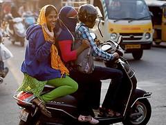 Hyderabad - Bye bye (sharko333) Tags: travel reise voyage asien asia indien india hyderabad traffic street people scooter olympus em1