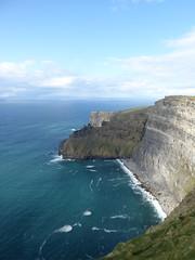 Cliffs of Moher (MargrietPurmerend) Tags: countyclare ocean cliffs wildatlanticway ireland cliffsofmoher
