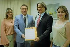 Audiência com o prefeito da cidade de Santa Tereza do Oeste (PR), Elio Marciniak - Kabelo, e a vereadora, Professora Paula.