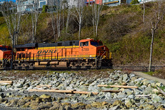 Burlington Northern Santa Fe Railway  (BNSF) #6789 (SonjaPetersonPh♡tography) Tags: whiterock whiterockpromenade whiterockpierpromenade whiterockpier bc britishcolumbia canada nikon nikond5300 beach eastbeach railway southsurrey tide sand water ocean pacificocean pacificnorthwest trains bnsf burlingtonnorthernsantaferailway reflections waterreflections rocks rocky landscape waterscape