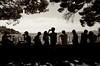 Menschen : Aussicht (Tubitus) Tags: ausblick promenade menschen schatten reihe schwarzweis pinien lissabon