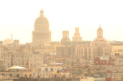 180202 La Habana (nicolaskuntscher) Tags: cuba habana lahabana edificio ciudad américa latinoamérica cúpula sol nikon nikond7000