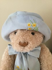 Smile on Saturday. Hats and co. (Martellotower) Tags: smileonsaturday hatsandco dilly bear harrods teddy hat daffodils