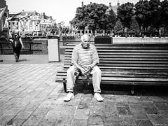 Resting (JustQ4) Tags: denhaag nederland straatfotografie street streetpic urban