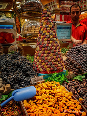 Kuru Meyve (Dry Fruit) (Basri Koçyiğit) Tags: mısırçarşısı eminönü istanbul turkey türkiye olympus em5markii m17mmf18