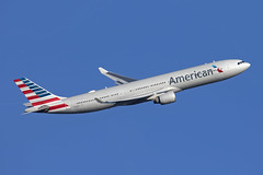 N270AY_AirbusA330-300_AmericanAirlines_LHR (Tony Osborne - Rotorfocus) Tags: airbus a330 a330300 american airlines united states usa london heathrow airport lhr 2018