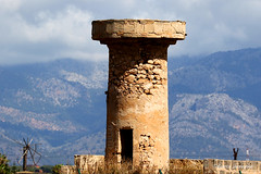 Tower (Fabrice H. - Photography) Tags: mallorca espana spain spa spanje windmill windmolen wind ruine wood bricks stone tower mountains view amazing beautiful new fabrice henneghien explore inexplore life canon popular flickr fabke people canon7d photography belgian
