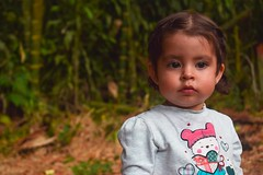 DSC_0575 (x4mir) Tags: girl niña bebe mirada pensativa niñes