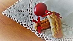 Καλό Πάσχα- Happy Easter (Irène♥ *¨*•.¸¸★) Tags: easter egg red πάσχα greece cookies food