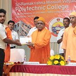 """Poly Annual Day 01 (13) <a style=""""margin-left:10px; font-size:0.8em;"""" href=""""http://www.flickr.com/photos/47844184@N02/40779720464/"""" target=""""_blank"""">@flickr</a>"""