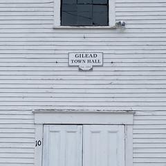 Gilead Town Hall (jtr27) Tags: dscf8129xl2 jtr27 fuji fujifilm fujinon xt20 xtrans xf35mm f2 f20 rwr wr gilead townhall maine newengland old building