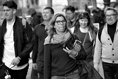 People on Market St 171 (TheseusPhoto) Tags: candid candids blancoynegro blackandwhite bnw monochrome monotone city citylife people streetphotography street streetportrait faces woman glasses camera group
