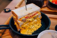 熔岩花生醬肉蛋吐司 (aelx911) Tags: a7rii a7r2 sony gmaster fe2470mmf28gm fe2470 fe2470gm food delicious sandwish taiwan taipei 台灣 台北 永和 在一塊吧