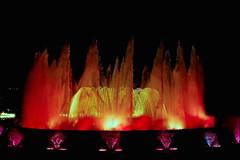 The Magic Fountain Of Montjuic  ♪♫ (Fnikos) Tags: plaça plaza parc park parco montjuic montjuïc architecture column fountain fontaine fuente water music magic colour color people light night sky show nightshow nightview outdoor