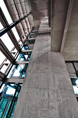 concrete and glass (Harry Halibut) Tags: 2018©andrewpettigrew allrightsreserved imagesofsheffield images sheffieldarchitecture sheffieldbuildings colourbysoftwarelaziness sheffield south yorkshire anglesanglesangles sheff1804147124 listed building gradeii obliquamenteobliquemind linescurves park hill flats urban splash redevlopment footbridge concrete reflection glass lift shaft