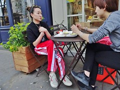 2018-04-19  Paris - Boulangerie Dupain - 20 Boulevard des Filles du Calvaire (P.K. - Paris) Tags: paris avril april 2018 people candid street café terrasse terrace