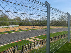 Hawthorns Bend (Gary8444) Tags: 2018 brands 750 car gp motorclub indy motorsport hatch circuit april westkingsdown england unitedkingdom gb
