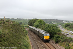 2E75 at Scorrier ahead of the rain (Kernow Rail Phots) Tags: train trains kernow cornwall 57604 pendenniscastle class57 gwr greatwesternrailway loco hauled railway railways railreoad saturday 16th june 2018 2e75 1026 sterth exeterstdavids exeter road cars trees bushes carnbrea