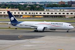 N446AM | Boeing 787-9 Dreamliner | AeroMexico (cv880m) Tags: newyork jfk kjfk kennedy aviation airliner airline aircraft airplane jetliner n446am boeing 787 789 7879 dreamliner aeromexico mexico