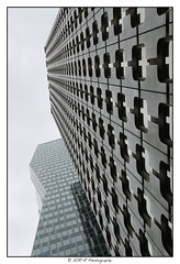 2018.06.16 La Défense 42 (garyroustan) Tags: la defense paris france building gay