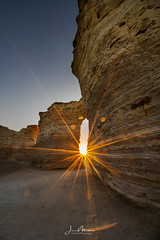 Doorway in the Rock (Wits End Photography) Tags: view natural landscape sunrise kansas nature scenic sky grassland sunburst rural country picturesque monumentrocks am dawn daybreak daylight early firstlight light morn morning outdoor outside sunup