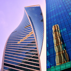 Double take (Arni J.M.) Tags: architecture building doubletake square box twisted evolutiontower moscowinternationalbusinesscenter tonykettle reflections glass sky moscow russia