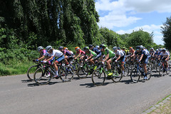 The peloton - OVO Energy Women's Tour 2018 - Stage 2 - Rushden to Daventry (Jackie & Dennis) Tags: canonsashby nationaltrust ovo ovoenergywomenstour 2018 stage2 womenstour cyclist cyclerace northamptonshire peloton