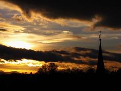 IMG_0728 Sunset / Sonnenuntergang (Traud) Tags: germany deutschland bavaria bayern sky himmel clouds wolken sunset sonnenuntergang