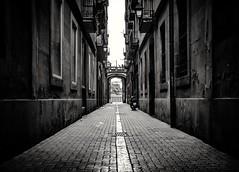 Streetphotography . Bcn . (Alex Nebot) Tags: street streetphotography carrer fotografia callejero barcelone barcelona bcn barna gotic ciutatvella barri barrio capital ciudad ciutat city citta nikon d7200 sigma
