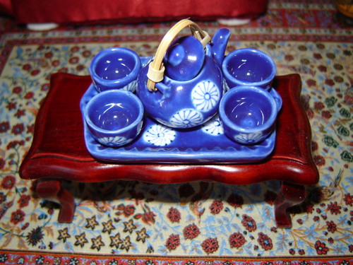 Japanese miniature tea set by Anna Amnell