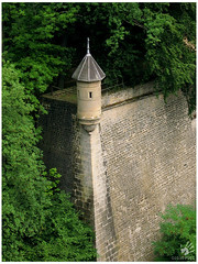 Spanish turret (codespoti) Tags: castle arquitetura architecture canon fort castelo fortification luxembourg fortress torreta forte luxemburgo powershota530 spanishturret