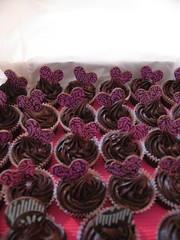 chocolate mud cupcakes (kylie lambert (Le Cupcake)) Tags: wedding food cakes cake gorgeous sydney australia sugar cupcake weddingcakes weddingcupcakes cpcakes
