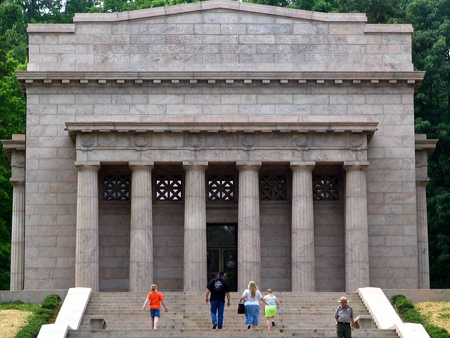 Abe Lincoln birthplace