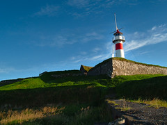 Skansavitan (Jan Egil Kristiansen) Tags: lighthouse geotagged dri faroeislands fyr fyrtrn skansavitan trshavn froyar geo:lat=620219 geo:lon=67705 dscf3233 far003