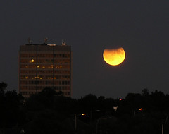 The Moon Illusion (aandy) Tags: moon night eclipse lunareclipse moonillusion supermoon