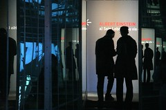 hall of mirrors (Dreamer7112) Tags: 20d silhouette museum backlight contraluz schweiz switzerland europe museu suisse suiza canon20d einstein silhouettes favorites exhibition canoneos20d mirrored bern backlit museo silueta svizzera berne companytrip siluetas eos20d berna alberteinstein mirroring betriebsausflug alberteinsteinexhibition cantonbern einsteinexhibition cantonberne personalausflug
