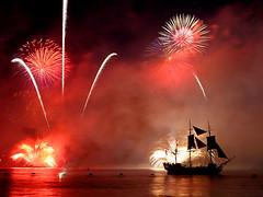 Trafalgar 200 fireworks display, Southsea, UK (pompey_diver) Tags: topf25 topv111 1025fav wow topv555 topv333 fireworks topc50 trafalgar 500v50f 200 portsmouth southsea trafalgar200 topvaa i500 excellenceinfireworkspyrotechnics
