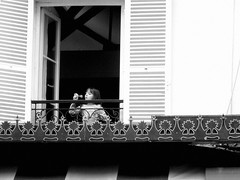 paris windows (CHEN_Zheng) Tags: street windows bw paris girl ruili 123bw