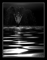 Silver fountain (alonsodr) Tags: madrid bw water fountain backlight contraluz agua nikon topf75 bravo fuente 100v10f bn 500v50f alonso templodedebod bwdreams alonsodr 123bw fivestarsgallery abigfave karmafavorite